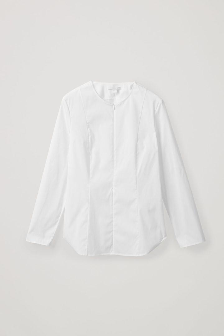 COS hover image 6 of 화이트 in 피티드 코튼 믹스 셔츠