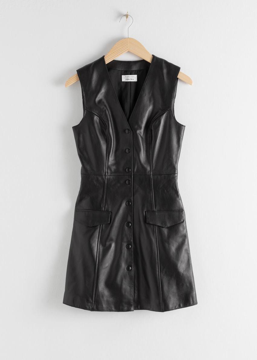 앤아더스토리즈 레더 슬리브리스 미니 드레스의 블랙컬러 Product입니다.