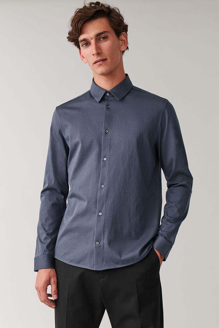 COS default image 2 of 블루 in 코튼 저지 셔츠
