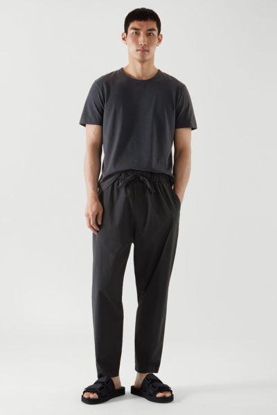 COS hover image 12 of 블랙 in 레귤러 핏 브러쉬드 코튼 티셔츠