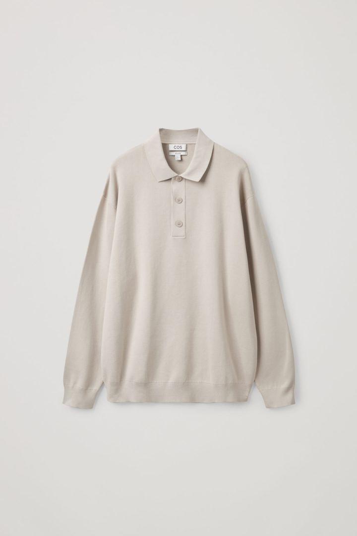 COS 릴랙스드 핏 니티드 폴로 셔츠의 라이트 그레이컬러 Product입니다.