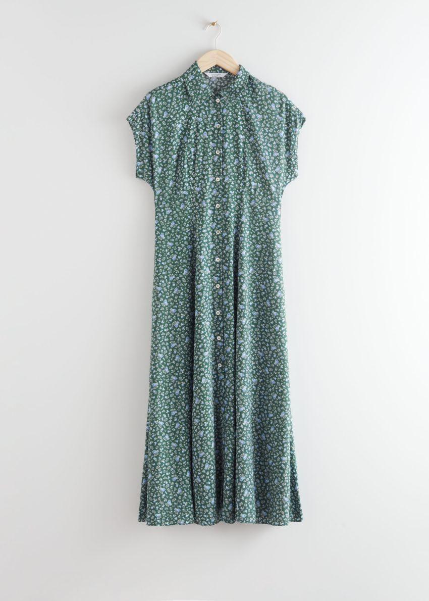 앤아더스토리즈 릴렉스드 미디 셔츠 드레스의 그린 플로럴컬러 Product입니다.
