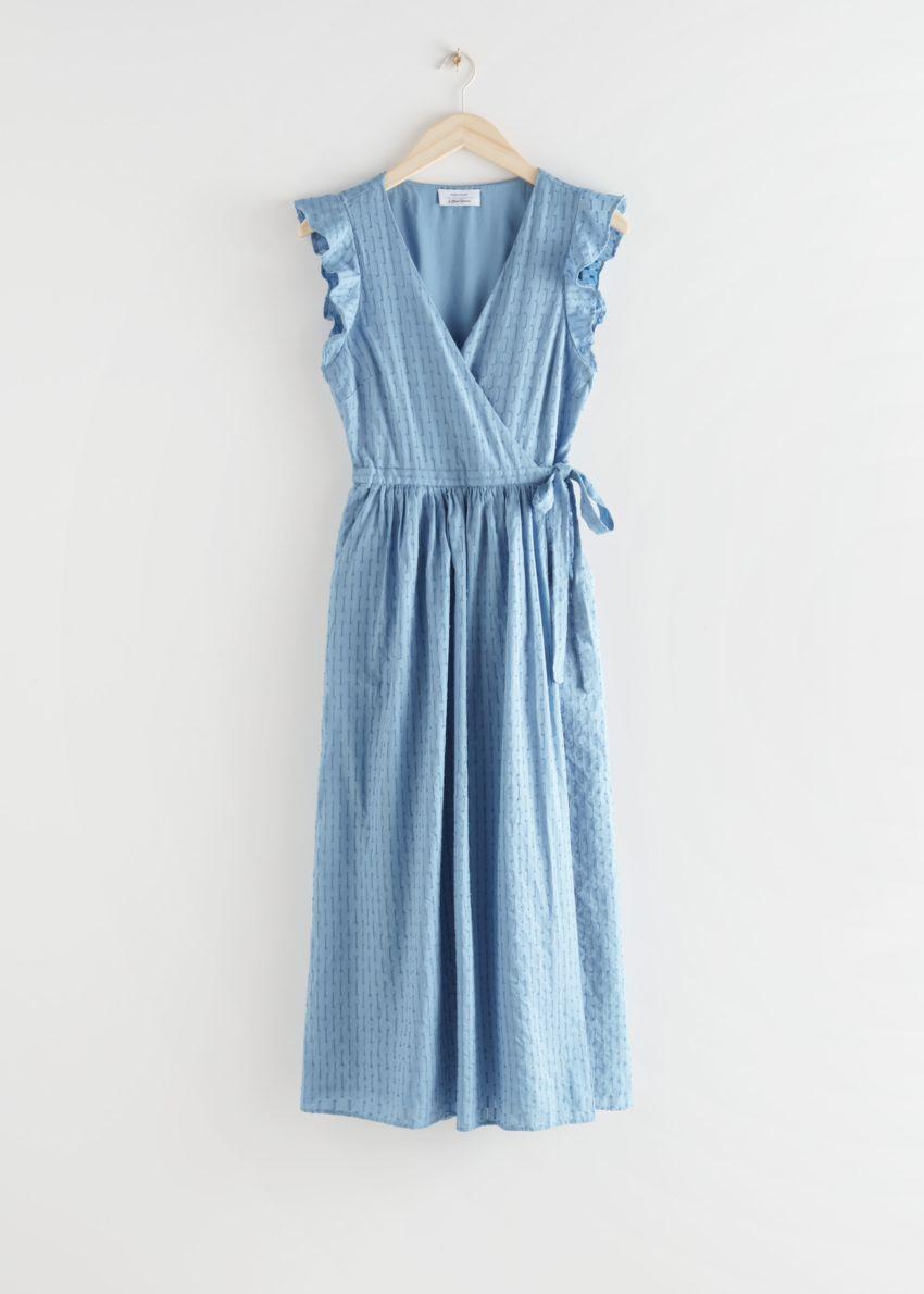 앤아더스토리즈 러플 코튼 도비 미디 드레스의 라이트 블루컬러 Product입니다.