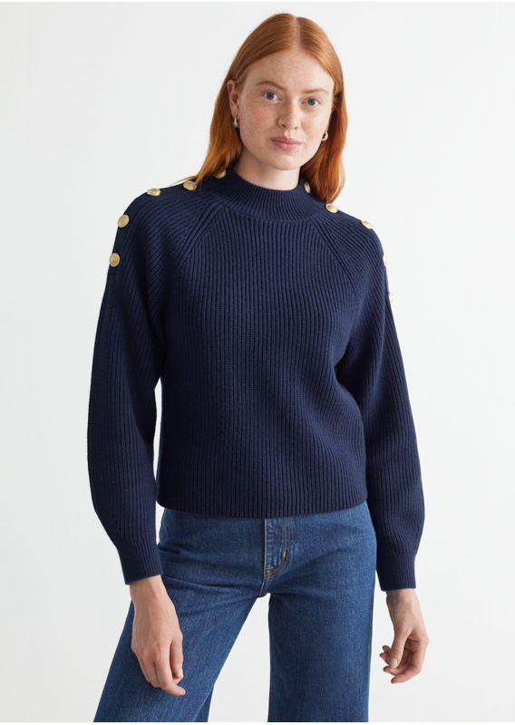 &OS image 24 of 네이비 in 골드 버튼 니트 스웨터