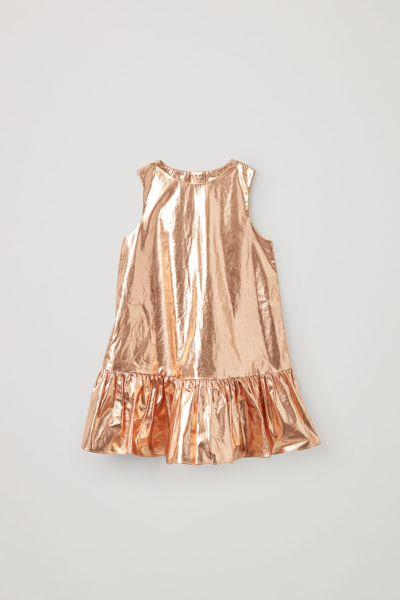 COS default image 7 of 브라운 in 코튼 프릴드 패널 메탈릭 드레스