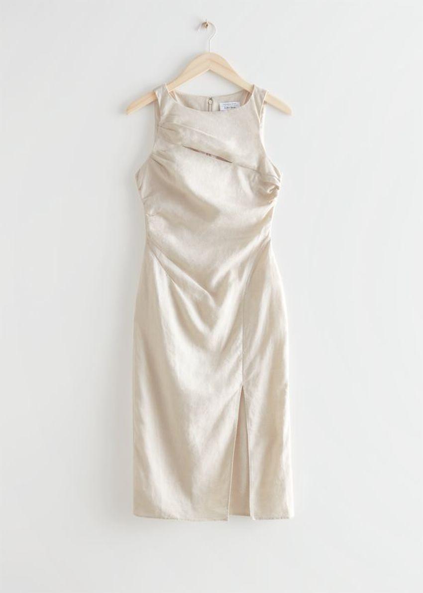 앤아더스토리즈 컷 아웃 리넨 미디 드레스의 크림컬러 Product입니다.