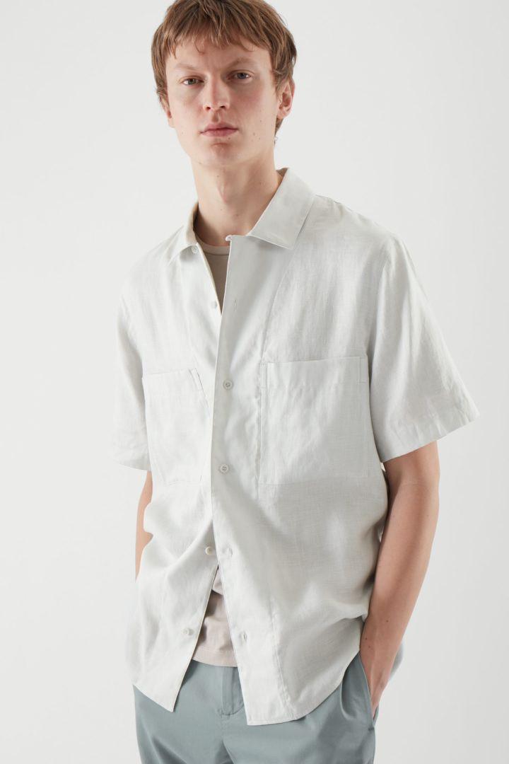 COS default image 6 of 그레이 in 캠프 칼라 쇼트 슬리브 셔츠