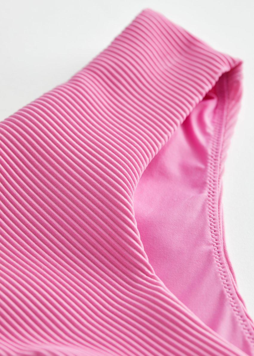 앤아더스토리즈 립 비키니 핫팬츠의 핑크컬러 Detail입니다.