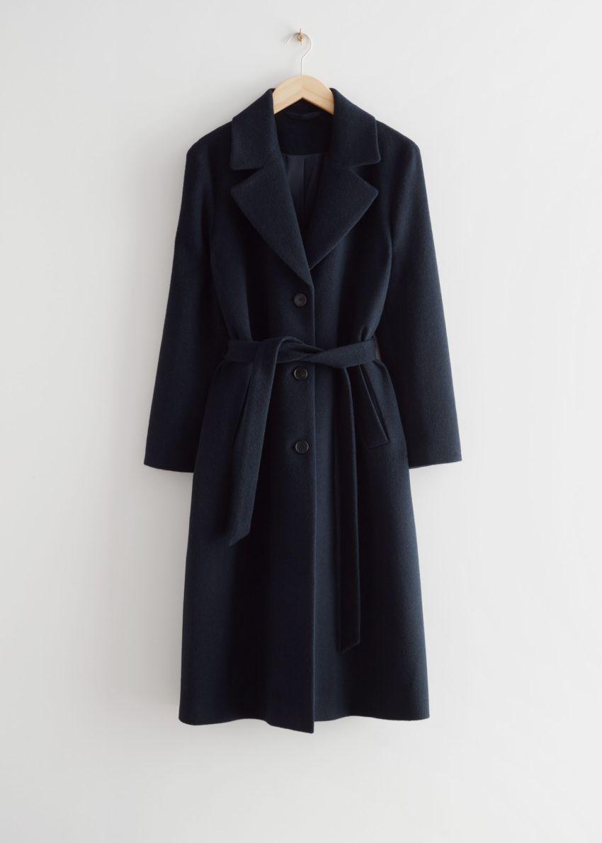 앤아더스토리즈 루즈 알파카 혼방 코트의 다크 블루컬러 Product입니다.