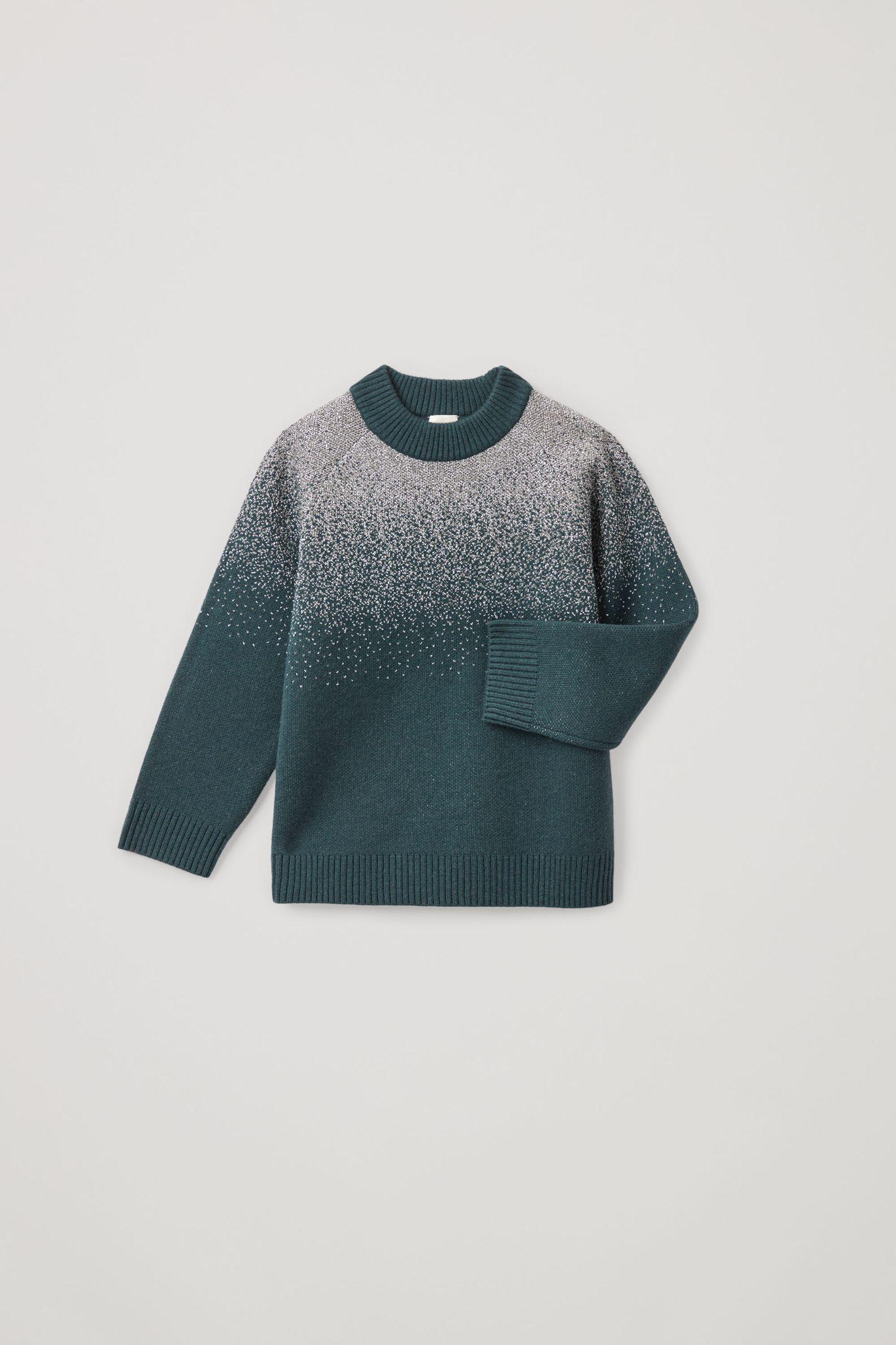 COS 루렉스 울 캐시미어 스웨터의 터쿼이즈컬러 Product입니다.