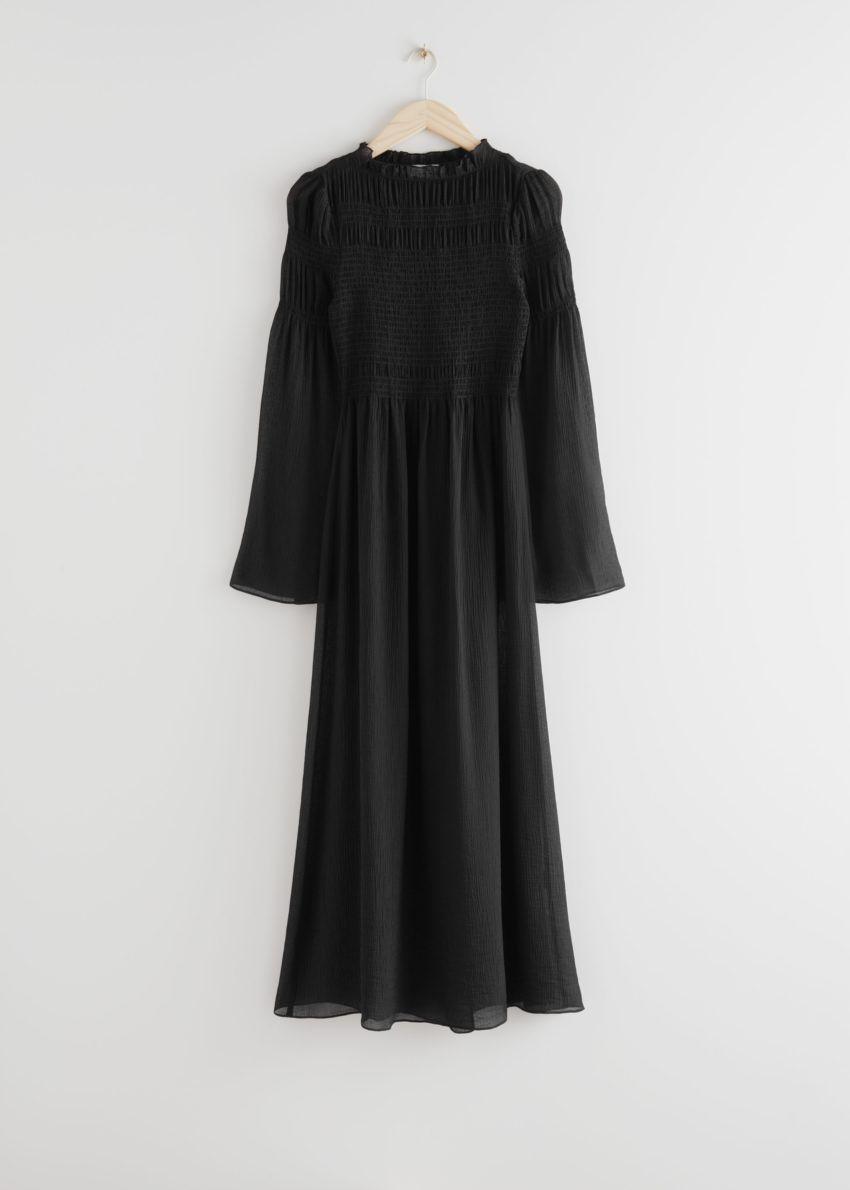 앤아더스토리즈 릴렉스드 스모크 맥시 드레스의 블랙컬러 Product입니다.