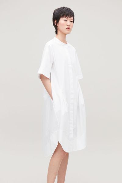 COS hover image 3 of 화이트 in 다트 그랜대드 셔츠 드레스