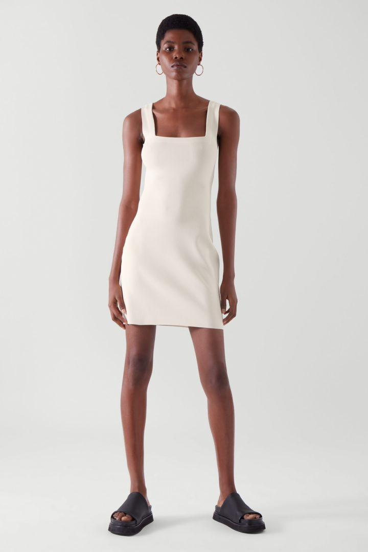 COS default image 9 of  in 스퀘어 넥 튜브 드레스