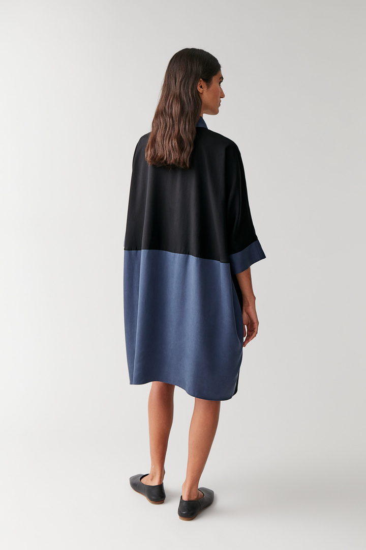 COS default image 11 of 블루 in 컬러 블록 셔츠 드레스