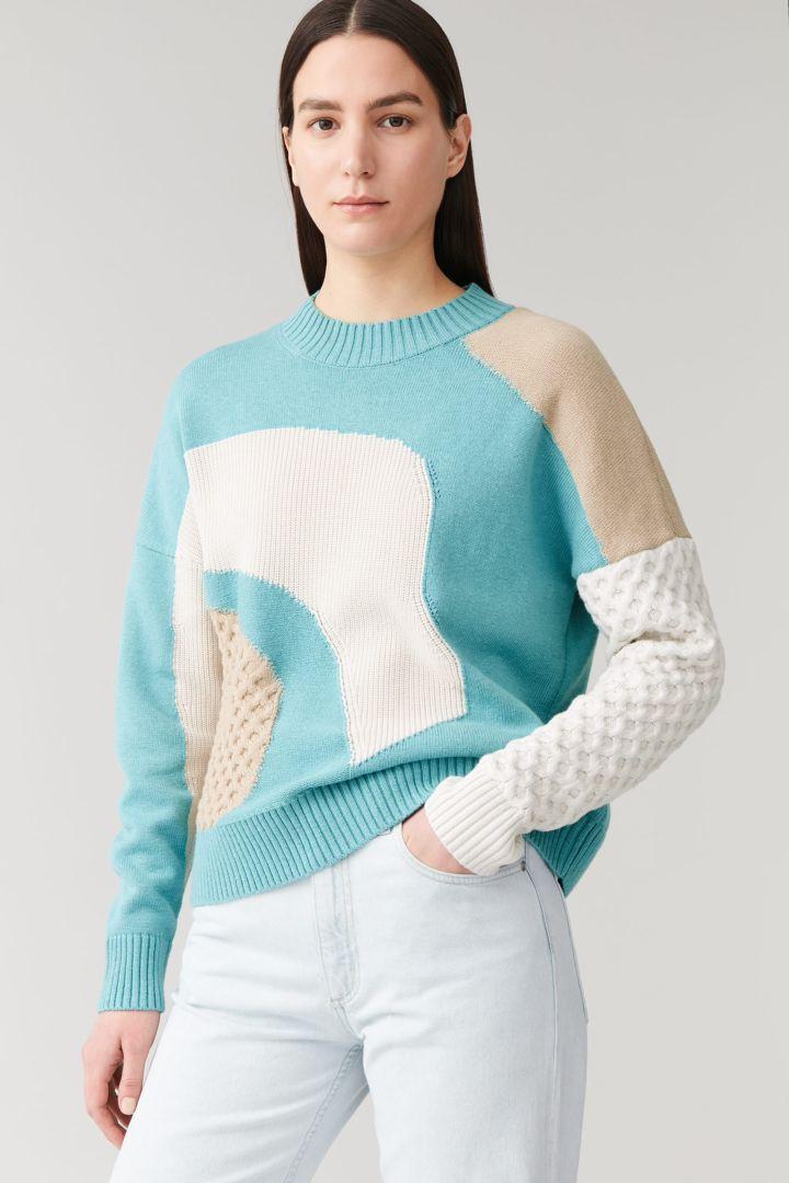 COS default image 3 of  in 컨트래스트 니트 스웨터