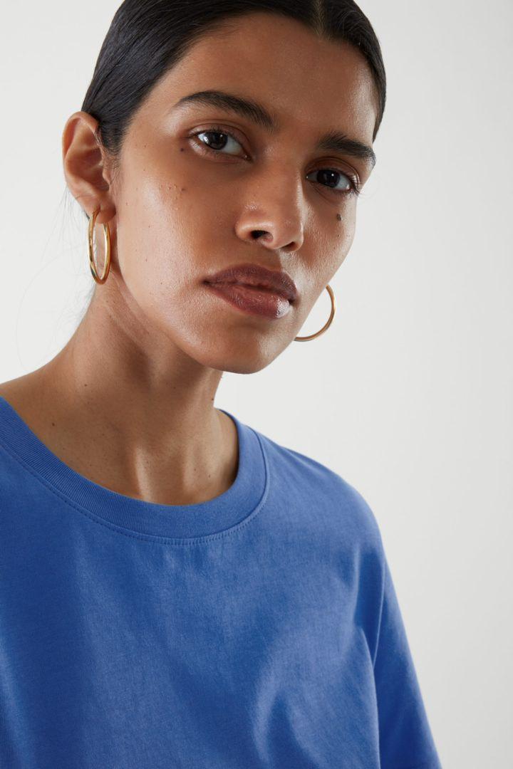 COS default image 12 of 블루 in 레귤러 핏 티셔츠