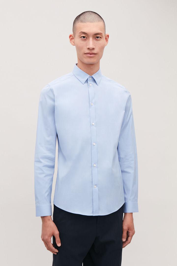 COS default image 3 of 블루 in 클래식 슬림핏 셔츠