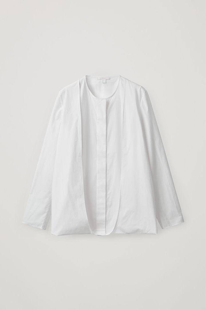 COS hover image 2 of 화이트 in 더블 레이어 코튼 셔츠