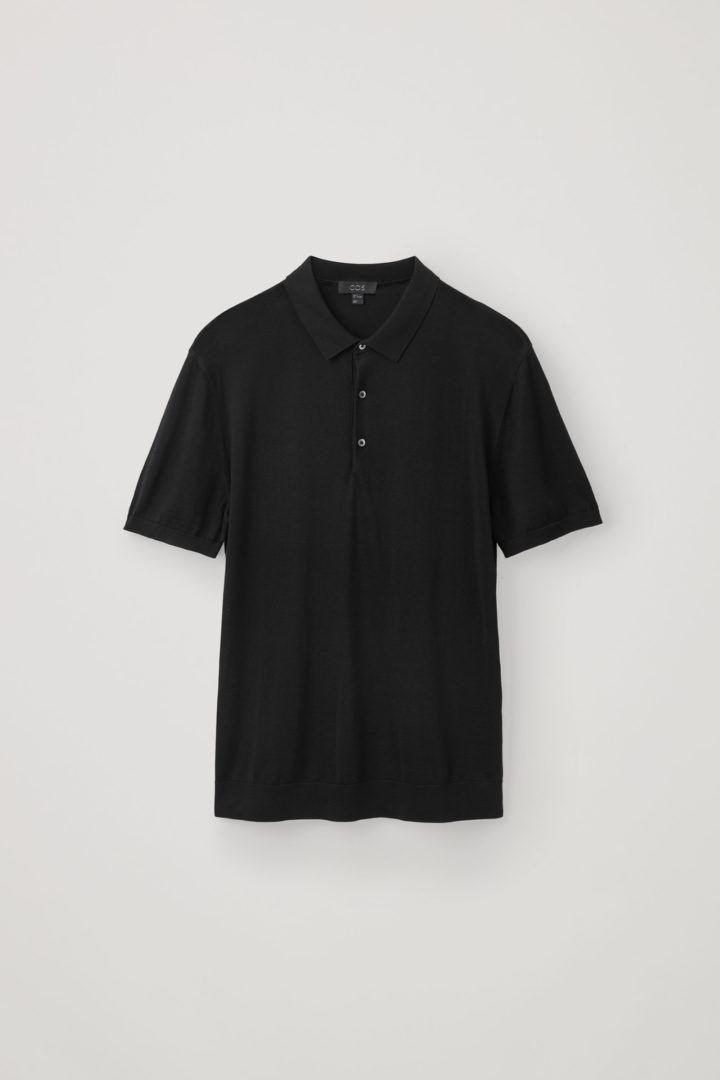 COS 실크 코튼 폴로 셔츠의 블랙컬러 Product입니다.