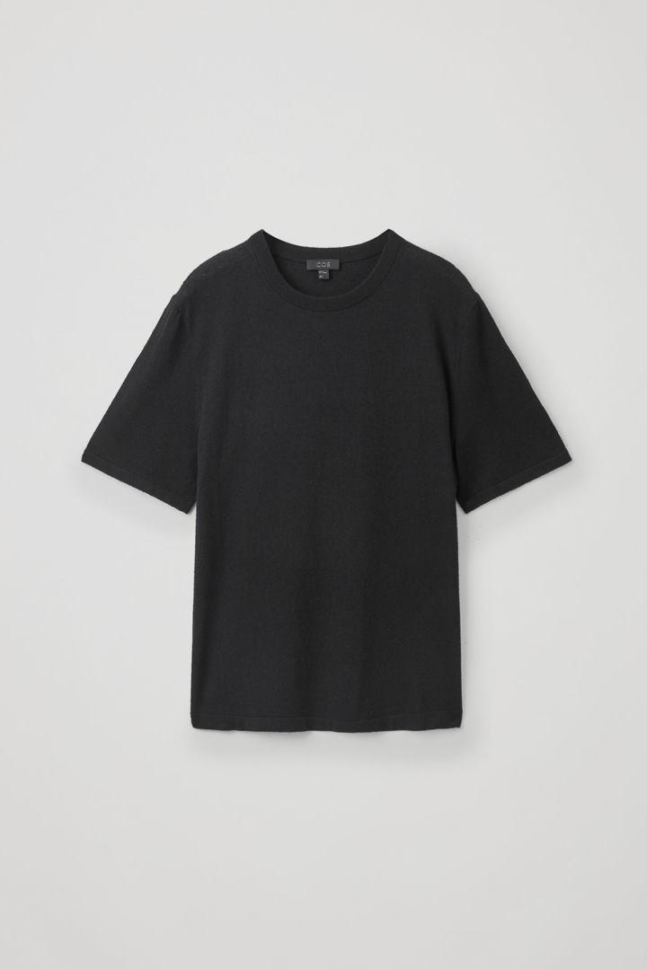 COS hover image 8 of 블랙 in 텍스처드 니트 티셔츠