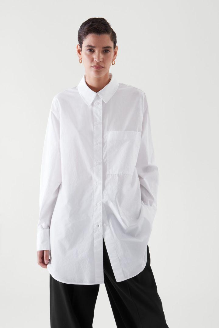 COS default image 6 of 화이트 in 오버사이즈 테일러드 셔츠